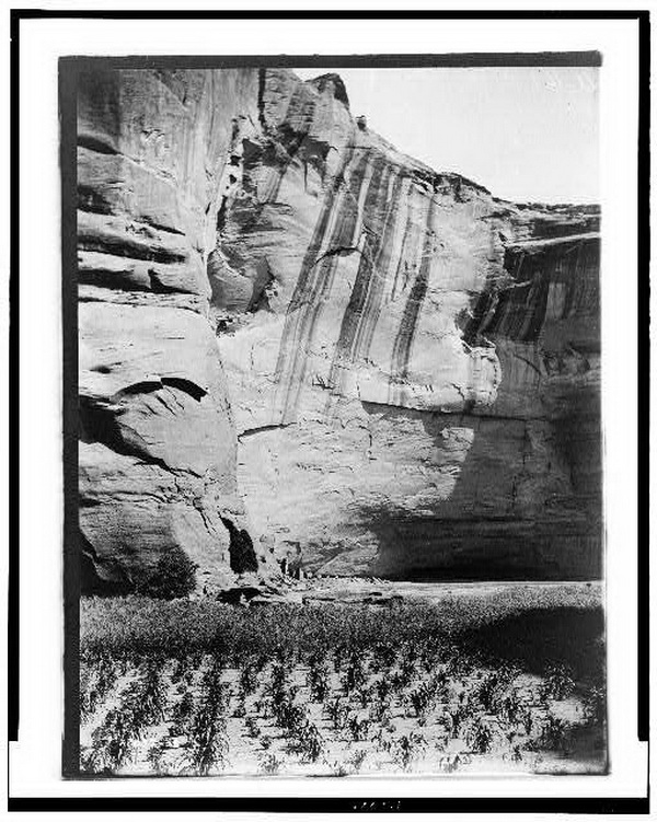 Today and Yesterday: Navajo. Antelope Ruin, Canyon del Muerto, 1906.