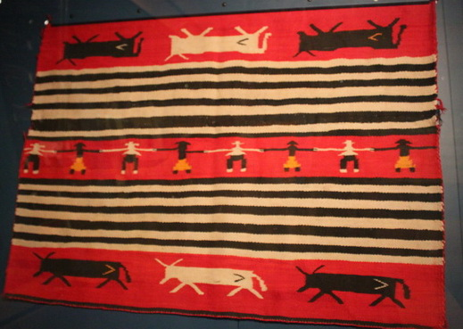 1880-1890: Modified Chief's style Blanket, Museum of Northern Arizona, été 2011.© Nausica Zaballos.