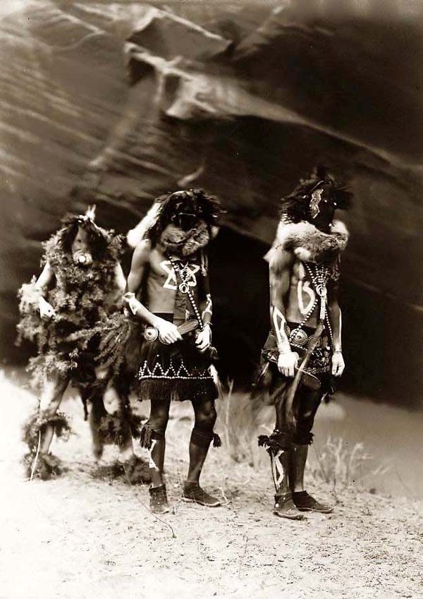 Yebichai War Gods, 1904-1905.