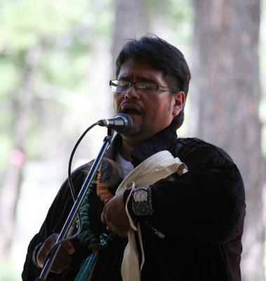 A. Brent Chase, maître de cérémonie de l'Intertribal Indian Ceremonial de Gallup en 2011.Ici, à Flagstaff, 6 août 2011.