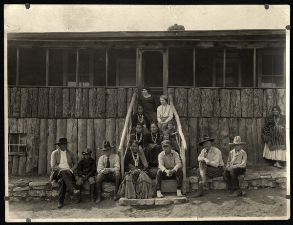 La ferme d'Henri Chee Dodge.